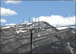 手稲山はまだ雪が残っているよん