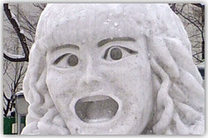 9丁目市民雪像「やっくん」