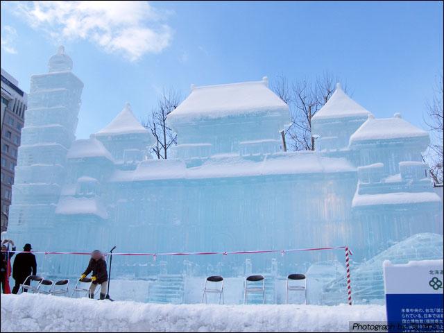 4丁目「毎日氷の広場」大氷像「台湾-伝統とモダン」