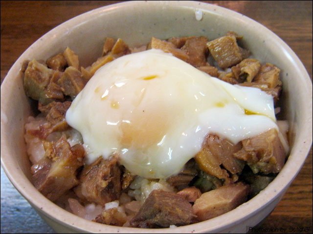 八卦 豚スープ(久留米豚骨)