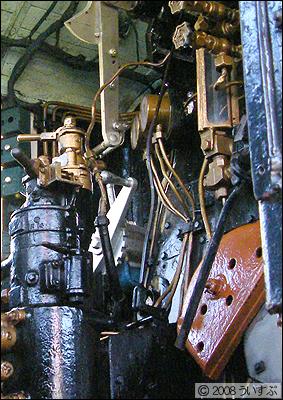 C57 機関室